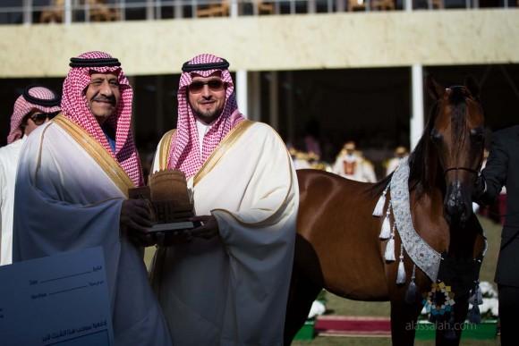 صاحب السمو الأمير عبدالله بن فهد مربط المحمدية حين التتويج بفضية الأمهار