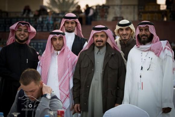 ش عبدالله آل ثاني ومجموعة مربين سعوديين