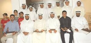 صورة جماعية للمتدربين على تحكيم الخيل العربية