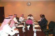 مدير مركز الملك عبدالعزيز يجتمع بعدة جهات للإطلاع على مسودة نظام سباقات السرعة للخيل العربية