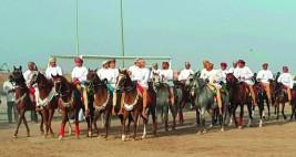 استعراض مهارات الخيل والفروسية أبرز مظاهر العيد في عمان