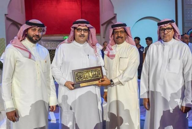 الأمير عبدالعزيز بن أحمد يتوّج أبطال «الإنتاج المحلي» بالبحرين المقامة حسب انظمة «الجواد العربي»