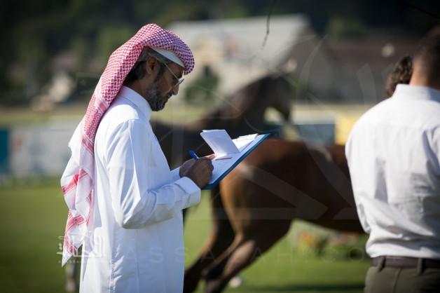 """""""المشرف"""" على بطولات الجمال يتجاهل طلب """"منظم"""" لبطولة مقبلة في جلب حكام سعوديين ويجلب أجانب!!"""