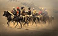 دراسة تقول: ركوب الخيل يخفّف الإضطرابات وأثر الحروب لدى الجنود