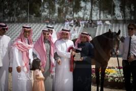 """مركز الملك عبدالعزيز يخالف آلية ومعايير """"المفاضلة"""" ويوافق على بطولة لم تسلم جوائزها للمتسابقين بعد !!"""