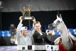 «الأريام» يحلق بالذهب ويخطف الأضواء في ختام بطولة الشراع الدولية 2020