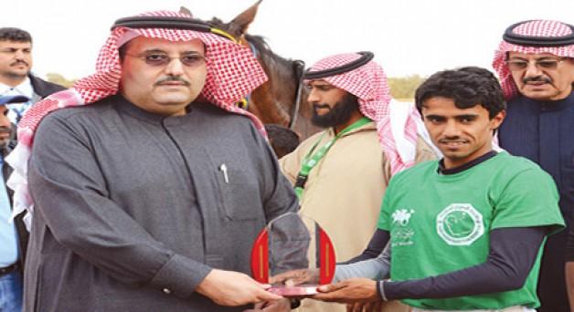 الأمير عبدالعزيز بن أحمد يطلق ماراثون الخيل الأول بسوق عكاظ