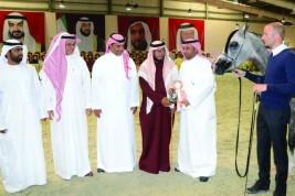 «المحمدية» و «الخالد» و «دبي» و «الخالدية» أبطال الذهب .. للمربين العرب .. ٢٠١٥ – النتائج