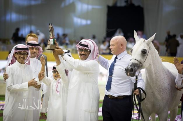 صور مقتطفة من اليوم الثاني لبطولة دبي 2015 الدولية للجواد العربي