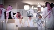 """الأمير خالد الفيصل يُتوج الجواد """"تلال الخالدية"""" بكأس الملك فيصل"""