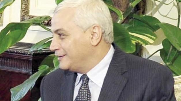 وزير الزراعة المصري: يناقش إجراءات الغاء الحظر الاوروبي على استيراد الخيول العربية